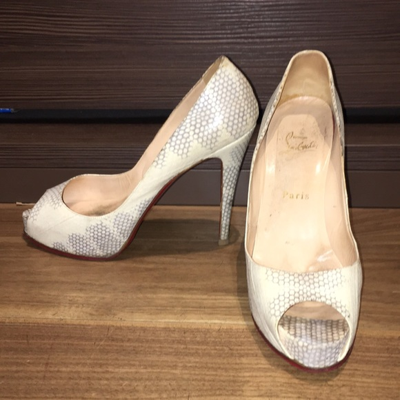 "8944fb7eef55 Christian Louboutin Shoes - Christian Louboutin ""Very Prive"" watersneak  Heels"